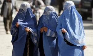 Women-in-Islamic-dress-we-001